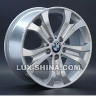 BMW (B81)