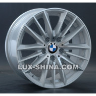 BMW (B120)