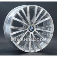 BMW (B126)