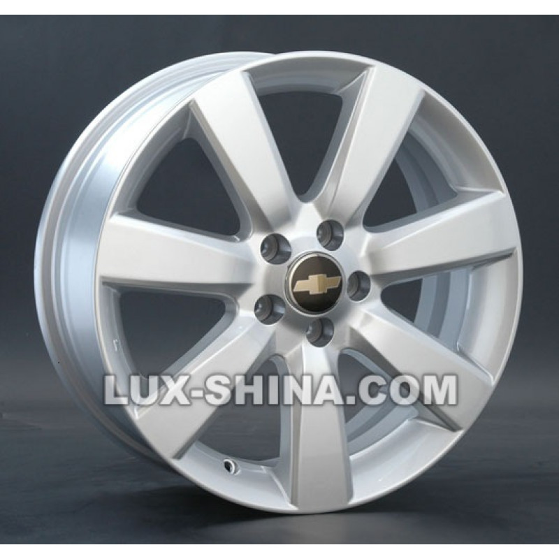 Replay Chevrolet (GN25) 6,5x15 5x105 ET39 DIA56,6 (silver) в Севастополе (Крым)