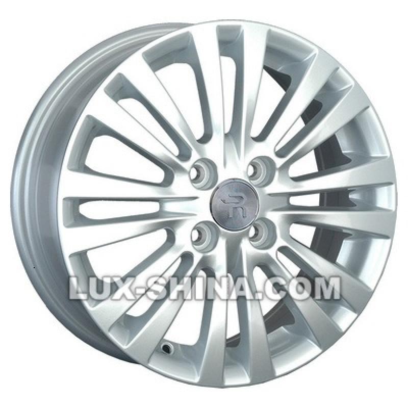 Replay Ford (FD156) 6x15 4x108 ET47,5 DIA63,4 (silver) в Севастополе (Крым)