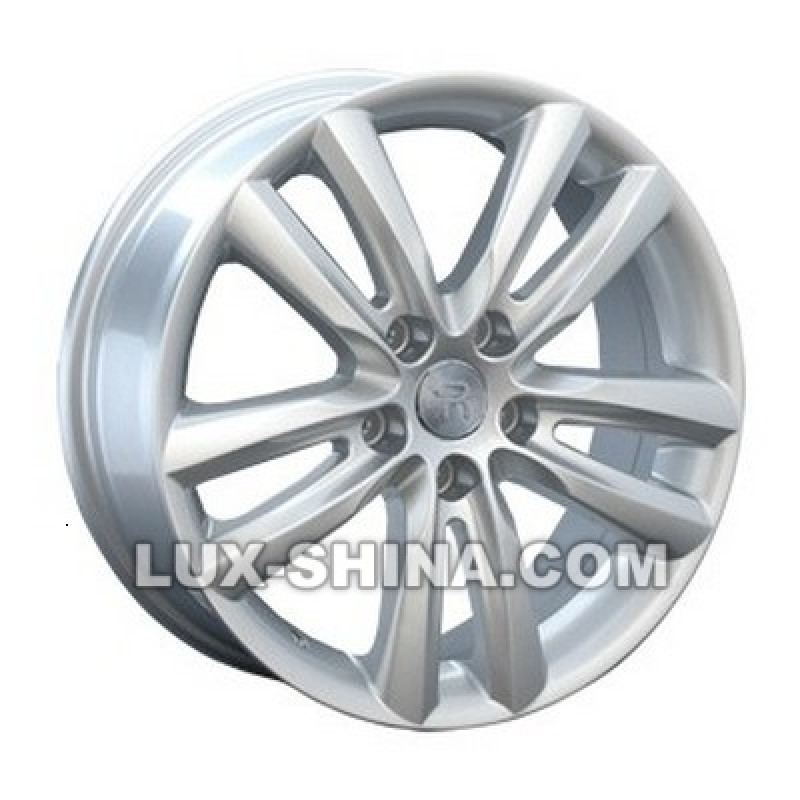 Replay Hyundai (HND170) 7x17 5x114,3 ET41 DIA67,1 (silver) в Севастополе (Крым)