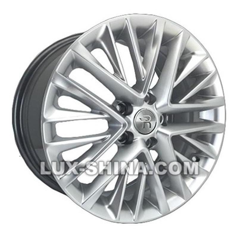 Replay Lexus (LX101) 8x18 5x114,3 ET30 DIA60,1 (silver) в Севастополе (Крым)