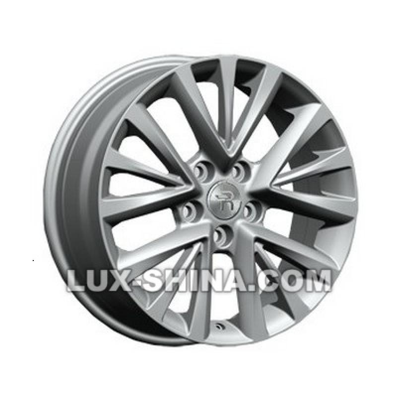 Replay Toyota (TY222) 7x17 5x114,3 ET45 DIA60,1 (silver) в Севастополе (Крым)